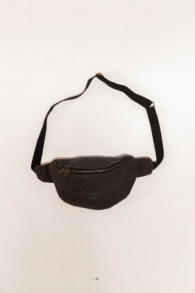 Jannu Waistbag 100% Hemp Black