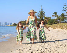 Load image into Gallery viewer, Mommy and daughter at the beach in matching outfits