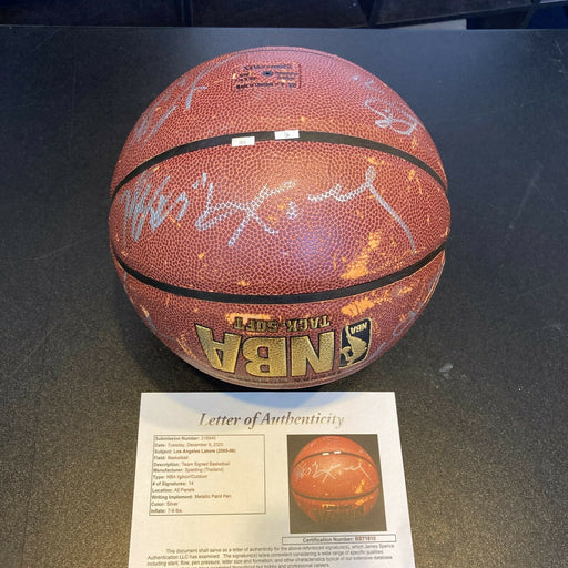 Kobe Bryant 2005-06 Los Angeles Lakers Team Signed NBA BAsketball With JSA COA