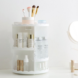 Revolve Round Frilled Beauty Organizer