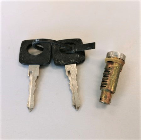 New Mercedes-Benz Key Set - P/N  A 670-760-02-05 (3939687071830)