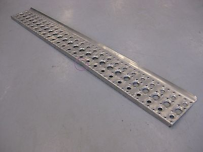 "Freightliner Fairing Tread Step Plate - 51? x 6.5"" * Slightly Bent * (4017911103574)"