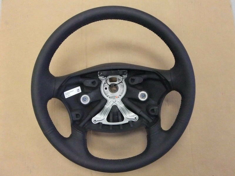 Freightliner Leather Steering Wheel w/ Airbag Hook-Up - P/N  A14-15884-001 (3939736977494)