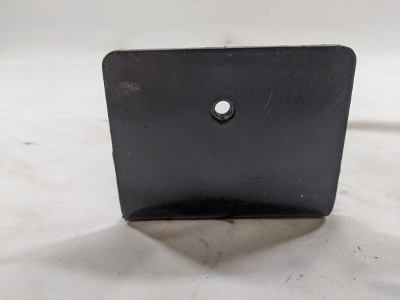 Freightliner Upper Pipe Mounted Bracket Assy - P/N: A22-64592-000 (5020478668886)