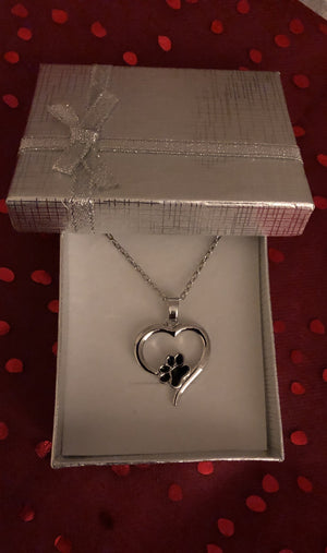 Heart shaped pendant with paw print in silver box