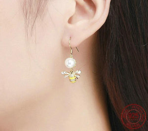925 Sterling Silver Freshwater Pearl Gold Plated Bee Drop Earrings