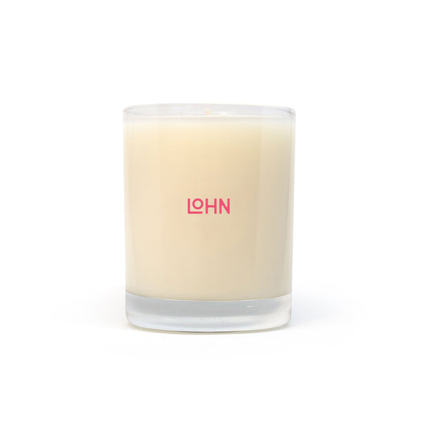 lohn esen oraganic coconut and soy wax hand poured candle