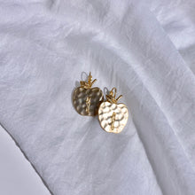 Load image into Gallery viewer, Gold Earrings - Nature Collections