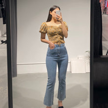 Load image into Gallery viewer, Chuu Bootcut Jeans
