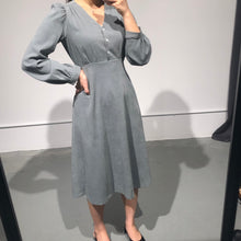 Load image into Gallery viewer, MINA Winter  Midi Dress