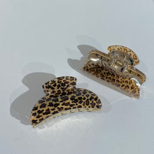Load image into Gallery viewer, Leopard Hair Claw