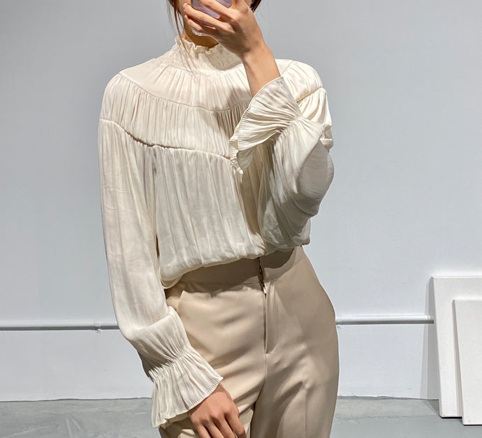 YUNA Smock High-neck Blouse