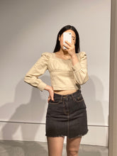 Load image into Gallery viewer, YURI Puff Sleeve Blouse