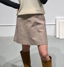 Load image into Gallery viewer, YUNA Check Mini Skirt