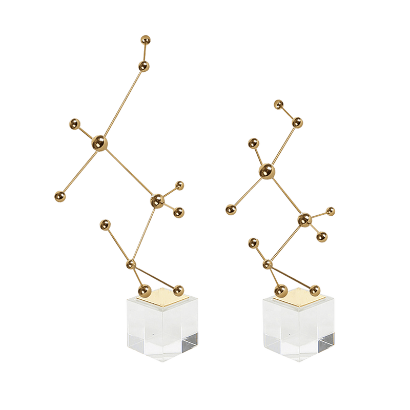 Dot & Line Ornament  with Base