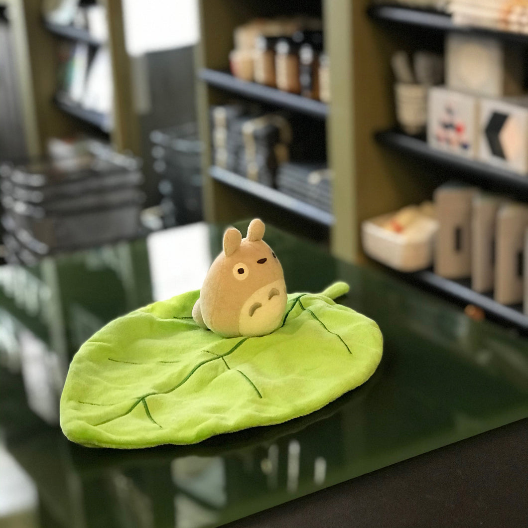 Totoro On Leaf