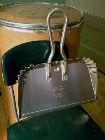 Aluminum Dustpan - Large