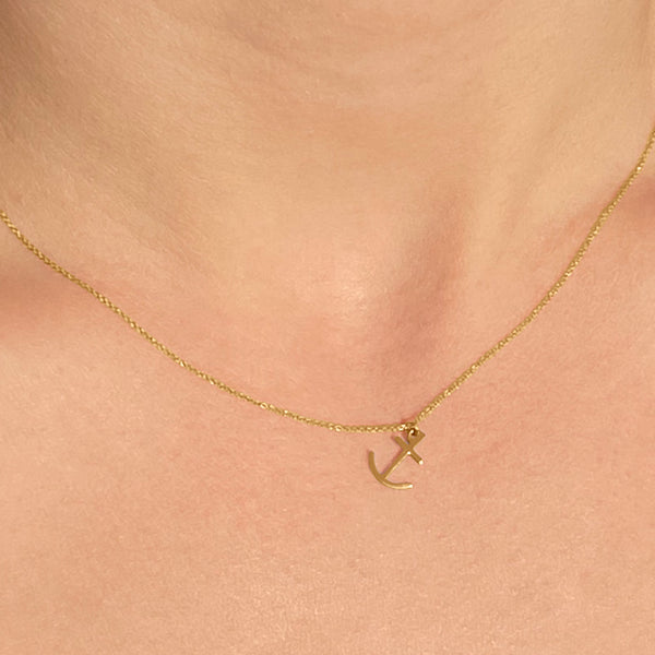 anchor charm necklace in 14k gold