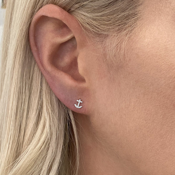 anchor stud earring in sterling silver