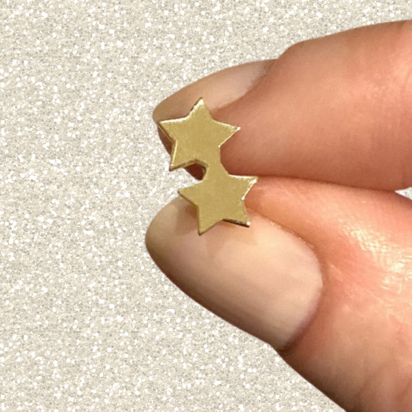 recycled 14k gold double star stud earring