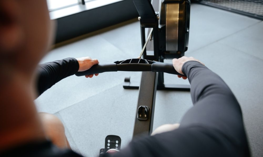 The Dos and Don'ts of Working Out on a Rowing Machine