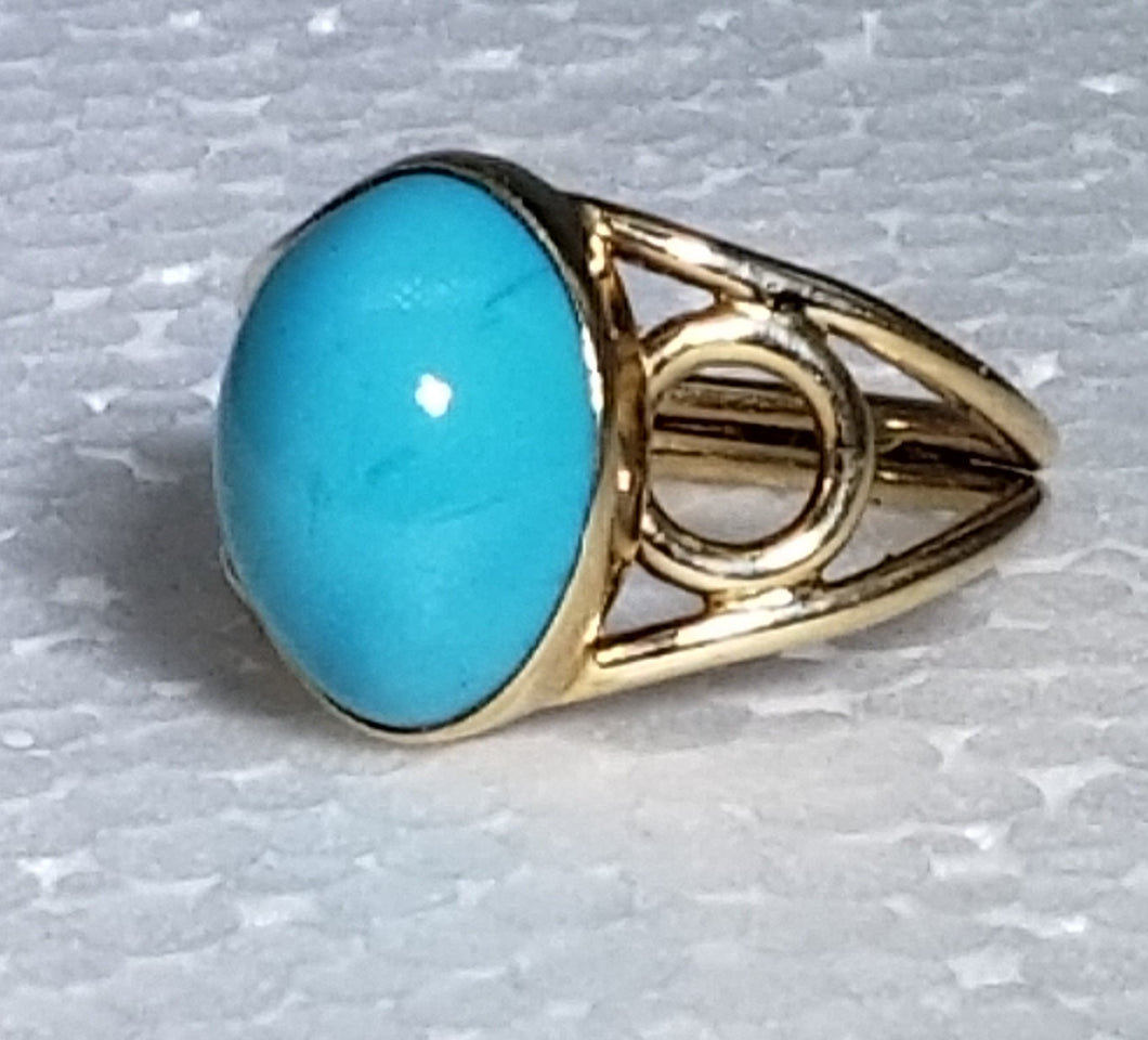 Turquoise ring 14K yellow gold