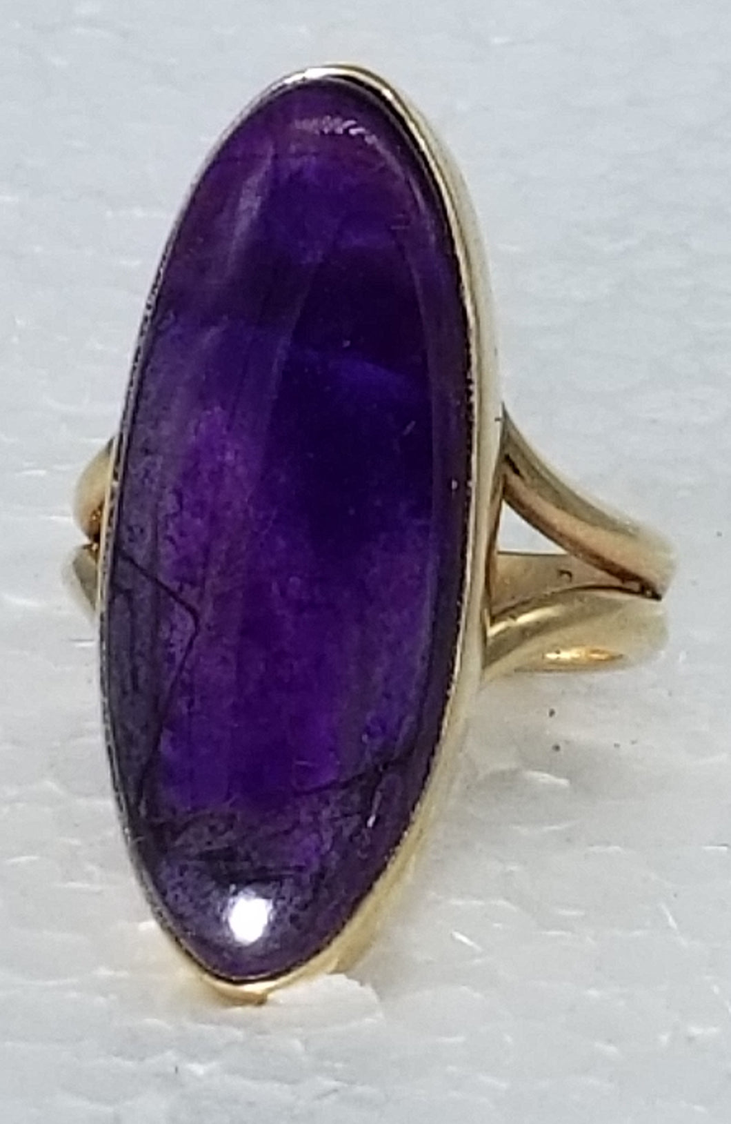 Sugilite 14K yellow gold ring