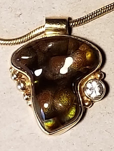 Fire agate and Sapphire Pendant 14K yellow gold