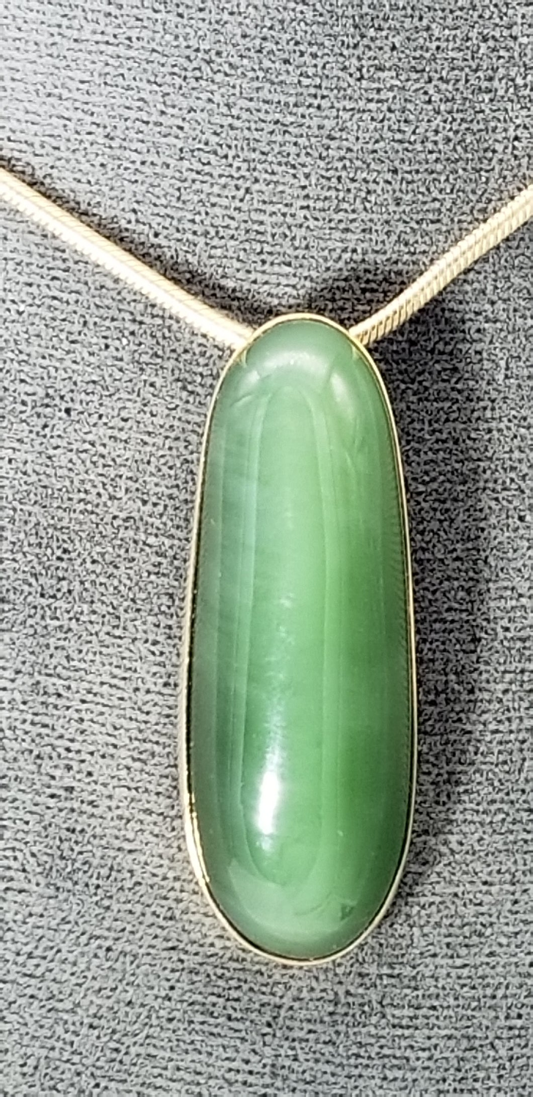 Jade Pendant 14K yellow gold