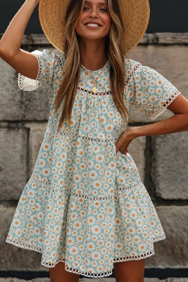 WanaDress Delicate Green Sunflower Circle Dress