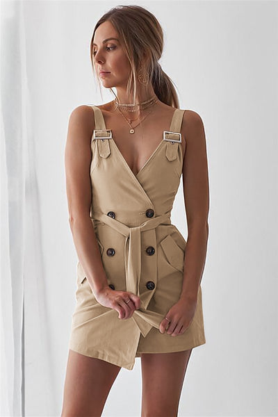WanaDress Spaghetti Strap Decorative Buttons Solid Sleeveless Romper