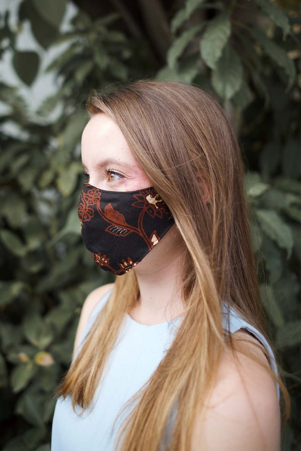 Batik Mask & Pouch in Black