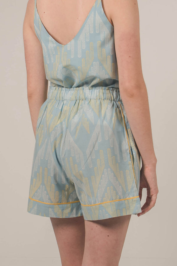 Avraam Shorts in Facade Mist