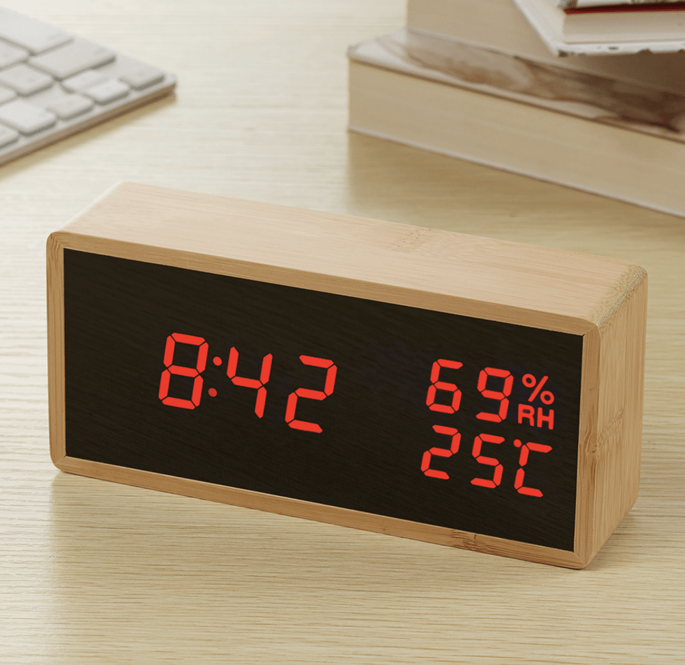 Bamboo Elis Red Clock Canvas