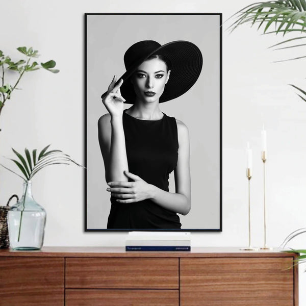 EnVogue Woman Canvas Art Clock Canvas
