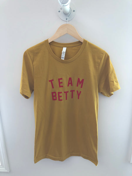 Team BETTY Tee | Mustard