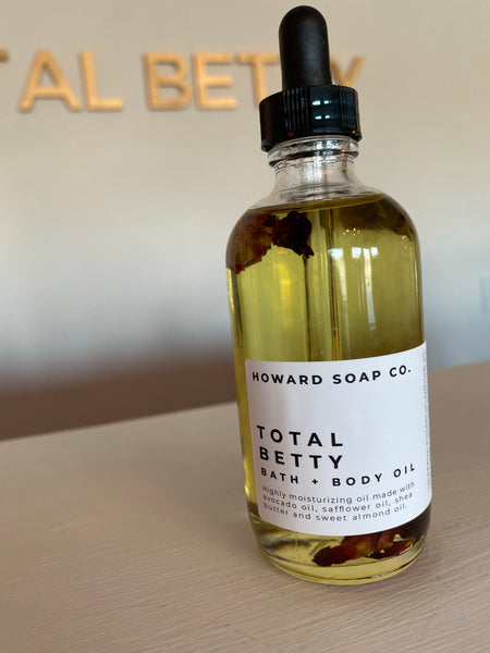 Bath + Body Oil | TOTAL BETTY