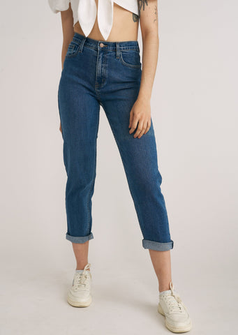 BALDWIN HI-RISE MOM JEANS, MEDIUM DENIM