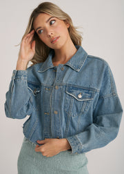 CALI CROP DENIM JACKET, LIGHT DENIM