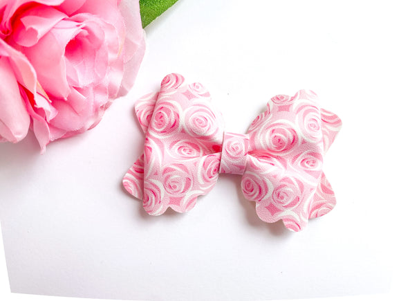 Roses ~ Luna Scalloped Bow