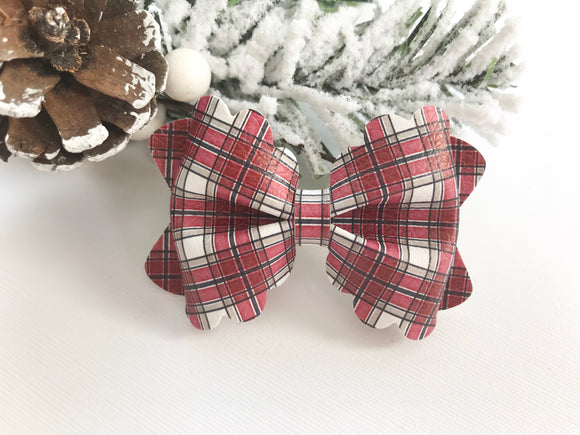 Farmhouse Plaid ~ Scalloped Bow