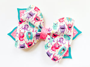 "Monsters ~ 4"" Blossom Bow"