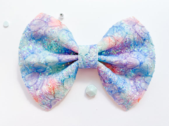 Oceanic Lace Pinch Bow
