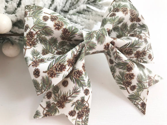 Winter Pine ~ Sailor Bow