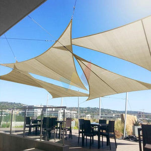 Triangular sunscreen canopy