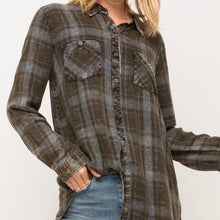 Load image into Gallery viewer, Plaid Shirt