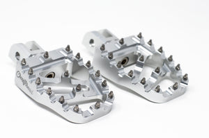 Softail MX Coffin Pegs Silver