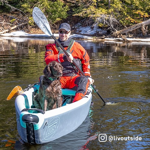 Instagram user @livoutside takes his dog out in the LONO Aero inflatable kayak