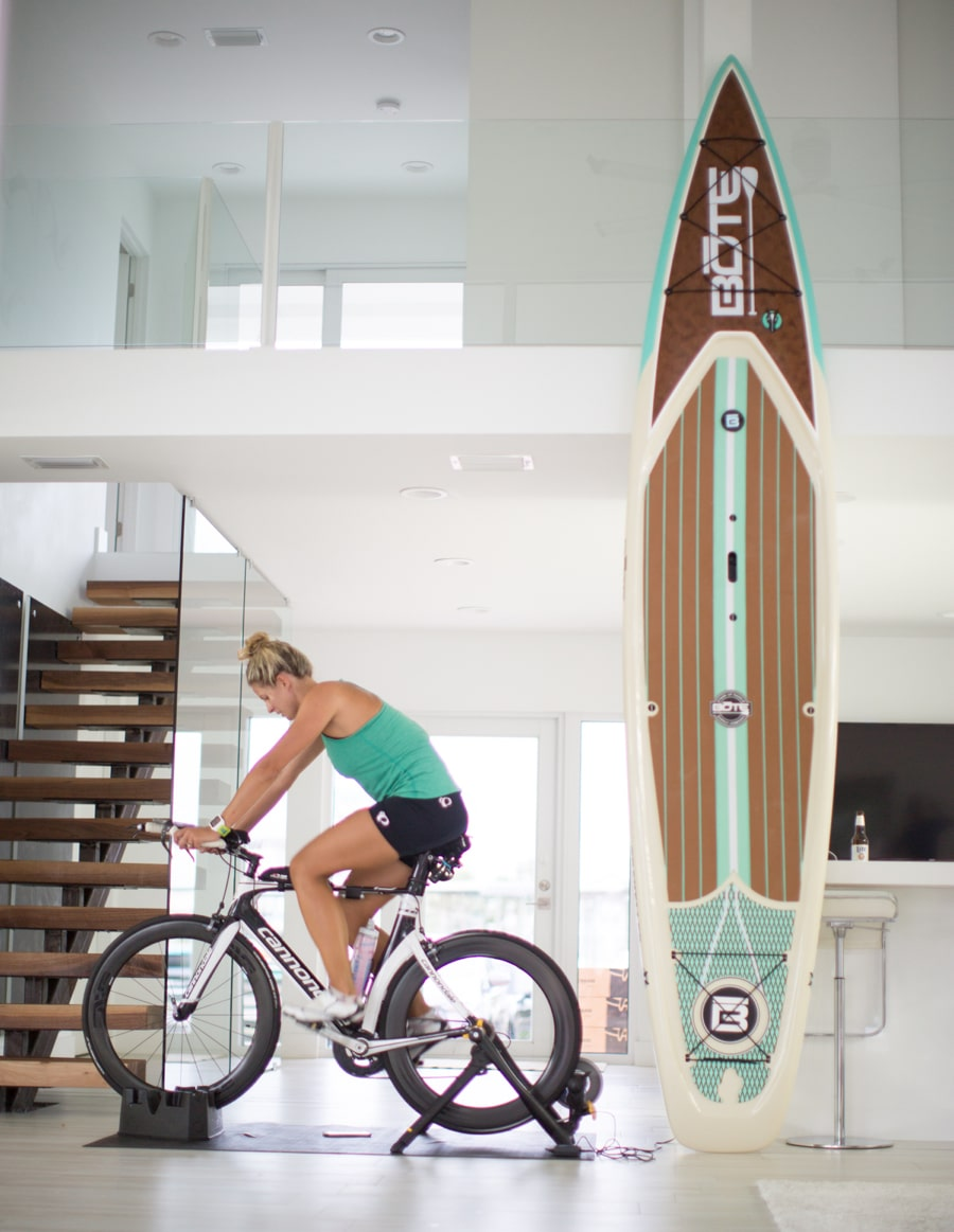 Use your paddle board as decoration in your home