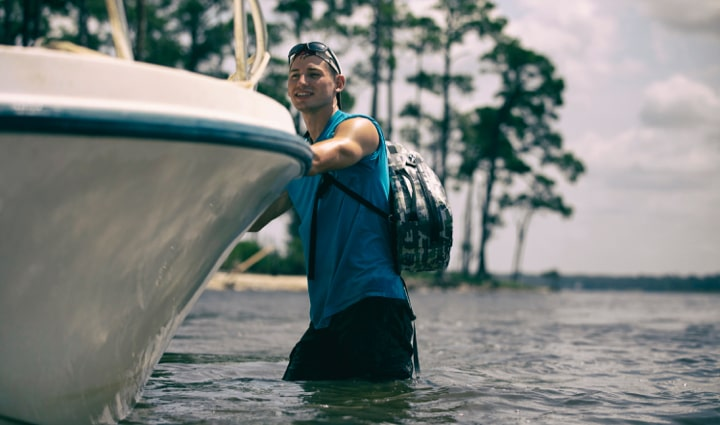 BOTE's Highwater Pack Slingpack keeps you hands free during your day on the water.